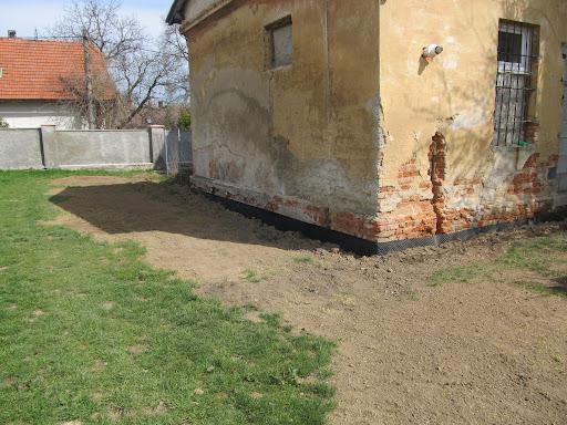Rekonstrukce místností Dobročovice 38 - 4.část duben 2012