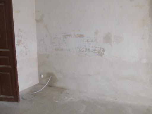 Rekonstrukce místností Dobročovice 38 - 3.část březen 2012