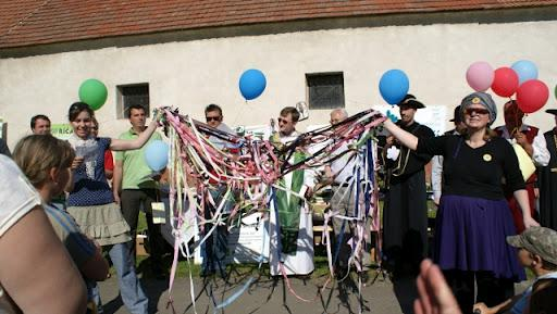 Cesty, které nás spojují otevření - 7.5.2011