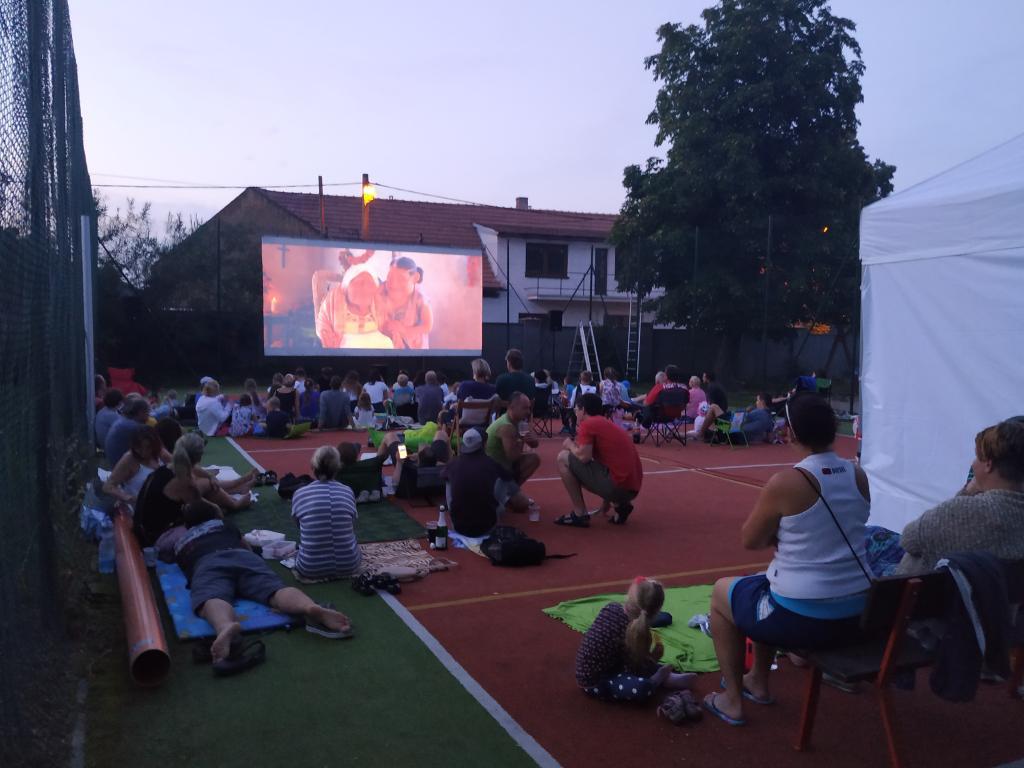 Letní kino a pohádka COCO