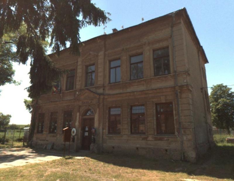 Obec Dobročovice obecní úřad